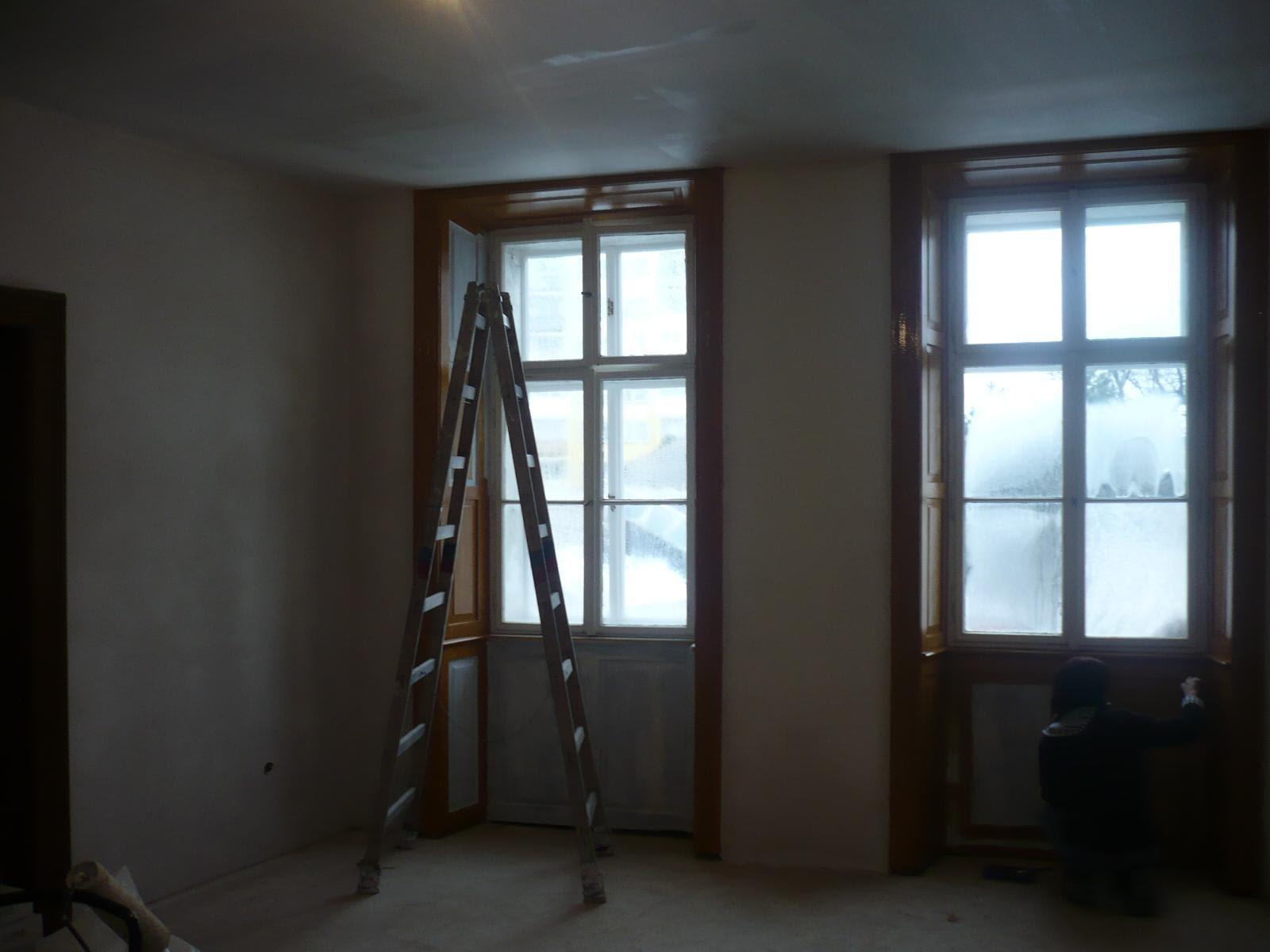 Sanační práce v promáčeném bytě